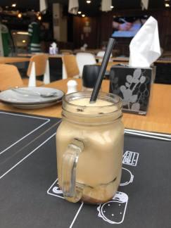 Sam's Café Abidjan, cafe, street food, Abidjan, critique culinaire, serialfoodie, Abidjan Cote d'Ivoire