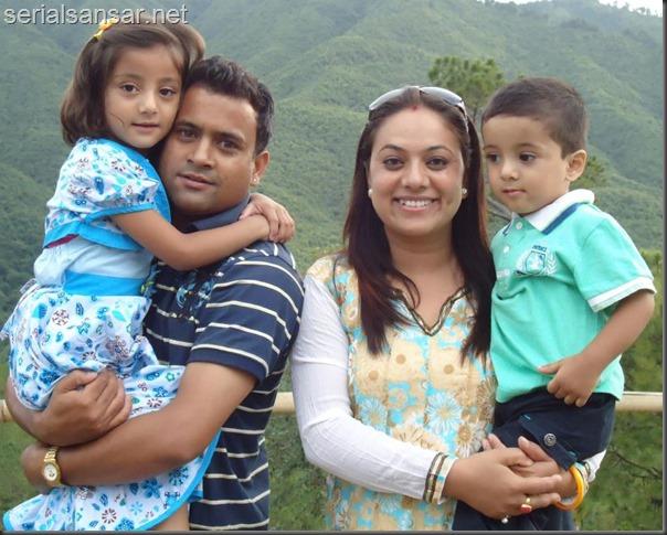 jitu nepal family