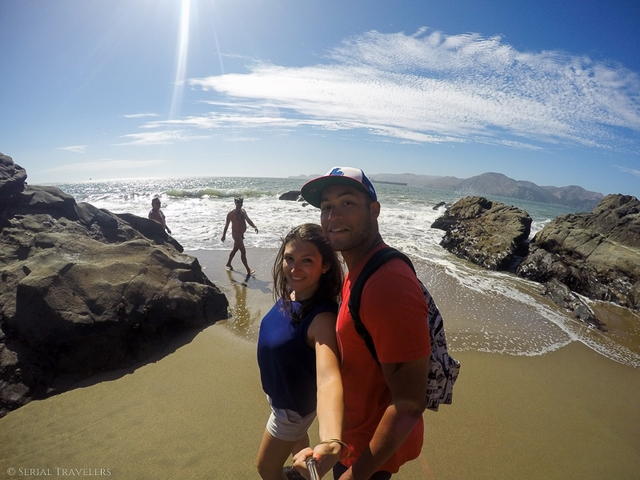 serial-travelers-san-francisco-baker-beach-selfie-kiki