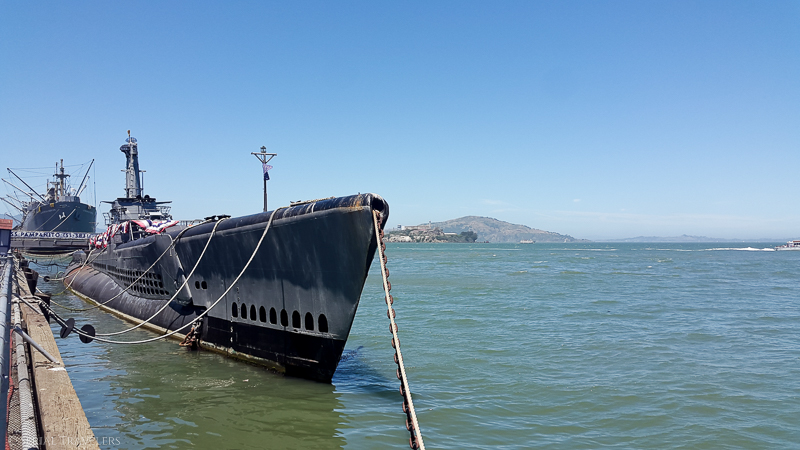 serial-travelers-san-francisco-fishermans-wharf(3)-WWII-submarine