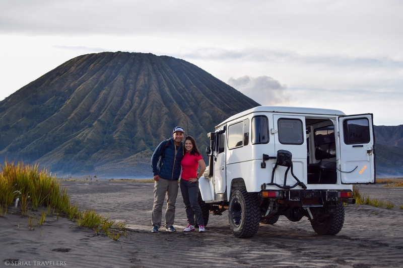 serial-travelers-bromo-sunrise-jeep