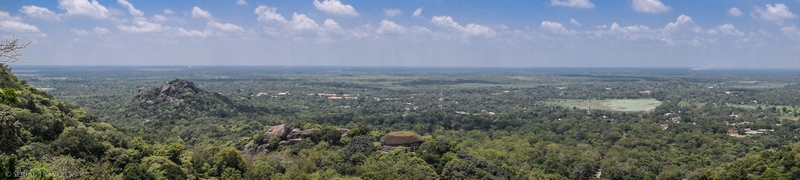 serial-travelers-sri-lanka-minhintale-panorama