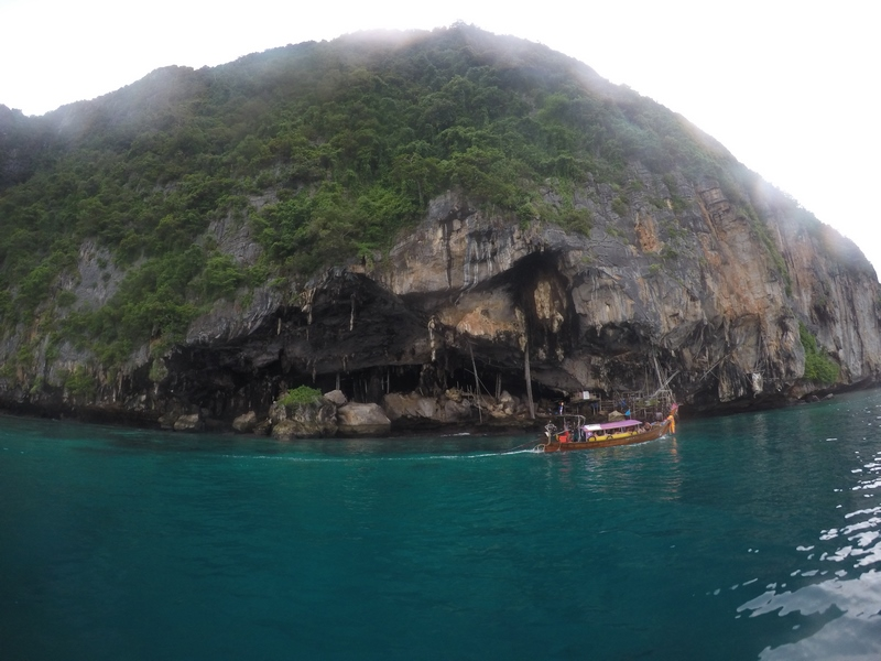 serial-travelers-thailand-koh-phi-phi-viking-caves.JPG