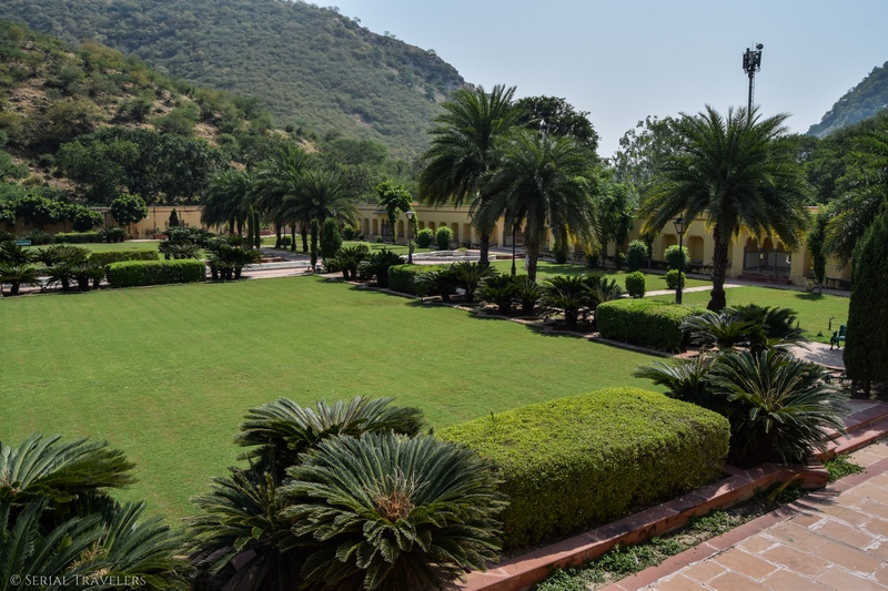 serial-travelers-india-inde-rajasthan-que-faire-a-jaipur-sisodia-garden-2