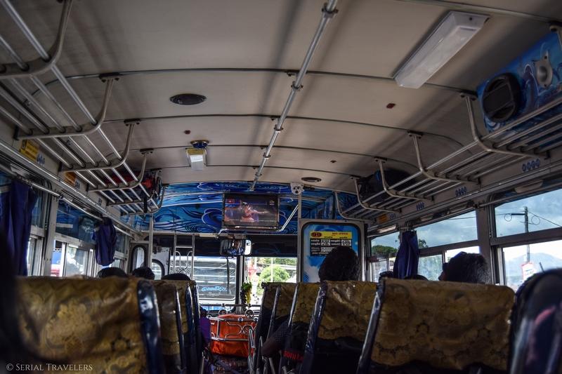 serial-travelers-sri-lanka-trajet-bus-local-ella-negombo