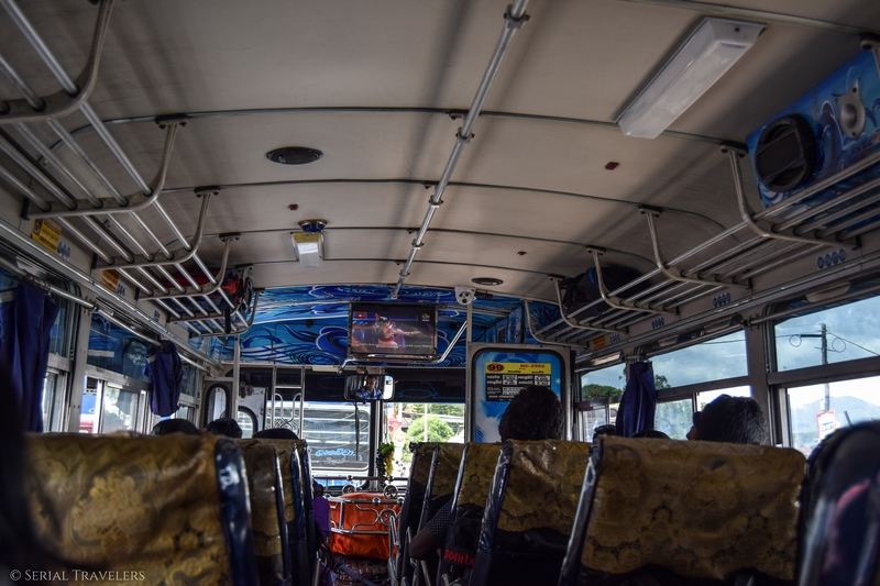 serial-travelers-sri-lanka-trajet-bus-local-ella-negombo
