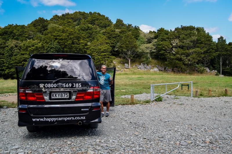 serial-travelers-nouvelle-zelande-waipu-caves-campervan2