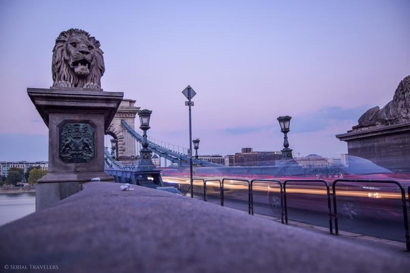serial-travelers-budapest-széchenyi-lanchid-bridge-pont-des-chaines1