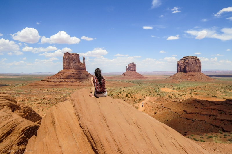 serial-travelers-ouest-americain-monument-valley-taylor-rock-viewpoint2
