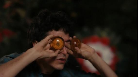 Em cena: Jesuíta Barbosa como Cristiano na série Fim do Mundo.