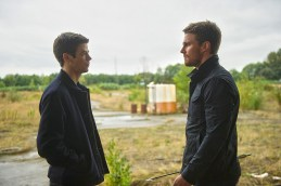 Cw-Arrow-The Flash-Crossover-10