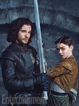 Game-Of-thrones-Season-5-Entertainment-Weekly-Maisie Williams-And-Kit Harington-1