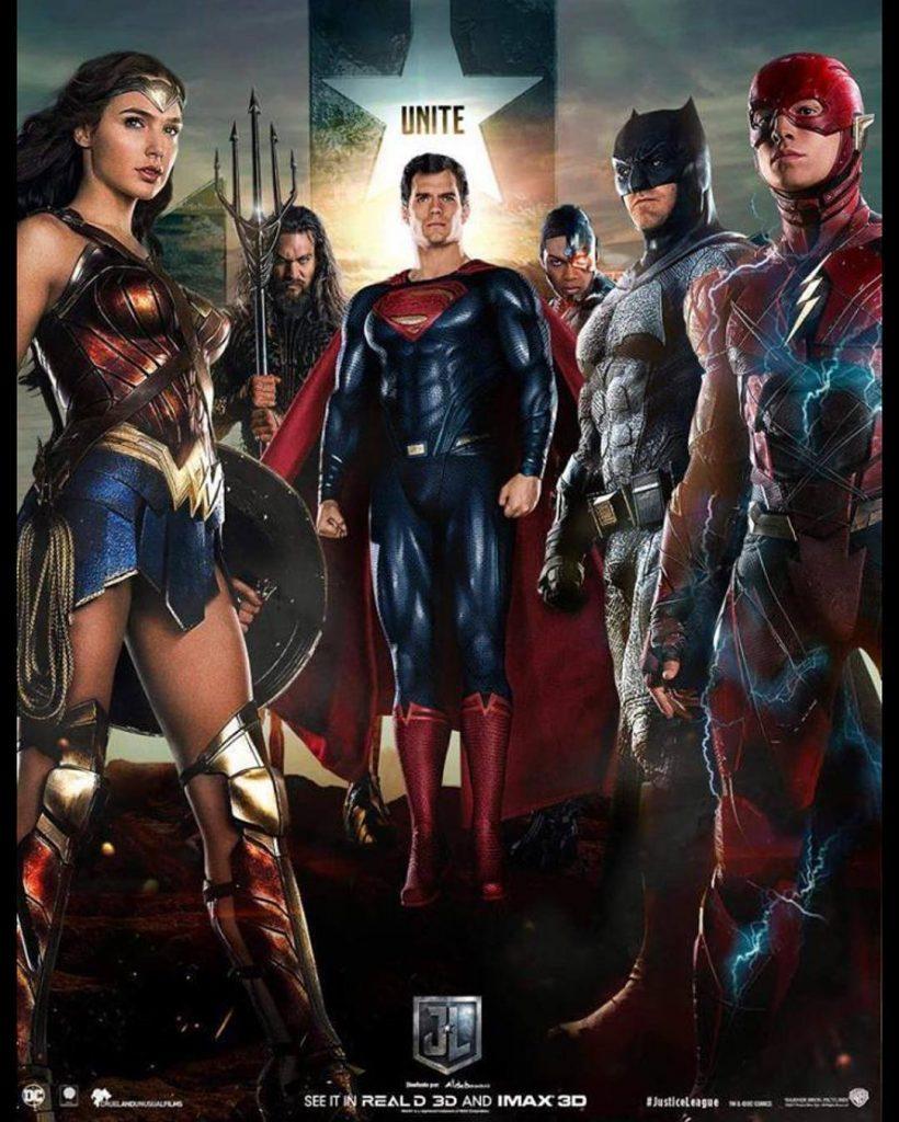 Superman aparece no no... Ed Westwick 2017