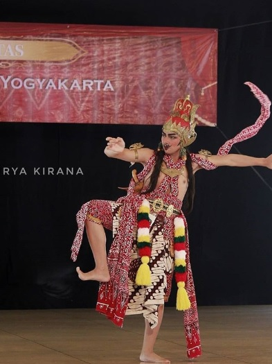Tari Tradisional Klasik Adalah : tradisional, klasik, adalah, Properti, Tradisional, Yogyakarta, Greatnesia