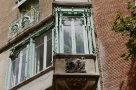Wilder Guimard window on 14 Rue La Fontaine