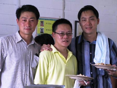 Patrick Ling, Slyvester & malas mahu kenalkan sudah... Hehehe...