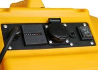Panel de control DFX 20: contador de horas, toma de corriente adicional, interruptor de 2 velocidades.