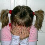 Cómo manejar la timidez infantil