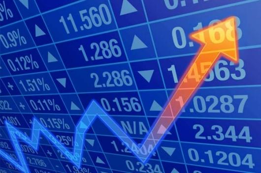 Dólar fecha em alta pelo 4º pregão seguido e vai a R$ 3,44