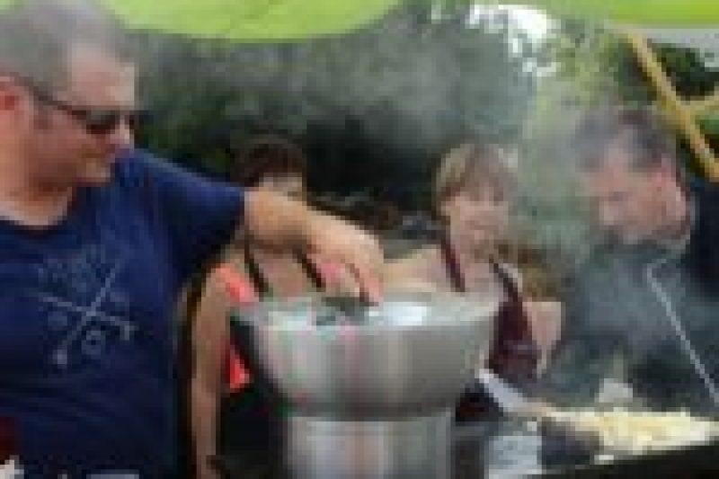 cours-de-cuisine-plein-air-a-la-serre-o-delices-de-biganos-avec-le-chef-lassuderie-31