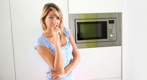 7-trucuri-pe-care-le-puteti-face-cu-ajutorul-cuptorului-cu-microunde-18517070