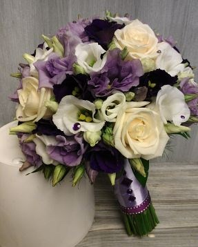 tinom002-buchetino-buchet-din-trandafiri-si-lisianthus-mov_1