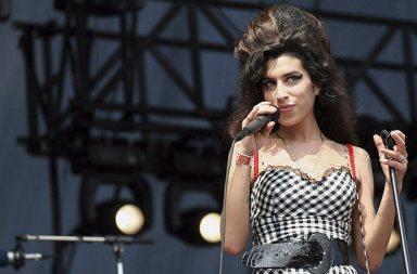 Amy Winehouse'un Gençliğinde Kaybolmuş Demosu Yayınlandı