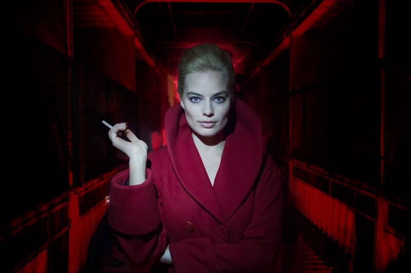 [:tr]Margot Robbie'nin Terminal Filminden Teaser[:en]Watch First 'Terminal' Teaser Shows Margot Robbie Is Mad as a Hatter[:]
