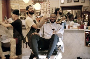 Basketbolcu LeBron James The Shop Adlı Talk Show'uyla Geliyor
