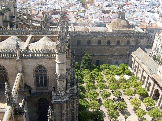 Patio de los Naranjos de la Catedral de Sevilla 2