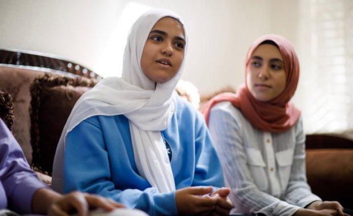 Gadis Muslim di AS Dipaksa Lepas Hijab Ketika Hendak Naik Pesawat