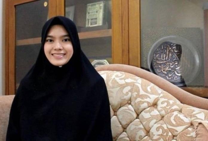 Nabilah, Hafidzah Qur'an Indonesia Guru Mengaji Putri Imam Masjidil Haram