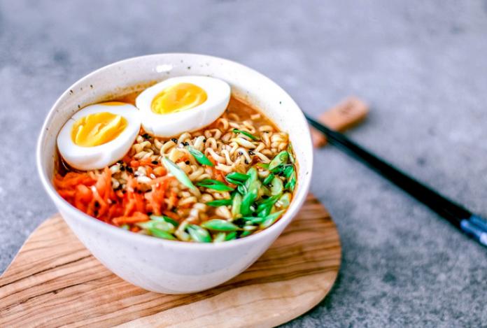 Makan Sahur Pakai Mie? Masak dengan 5 Resep Ini!