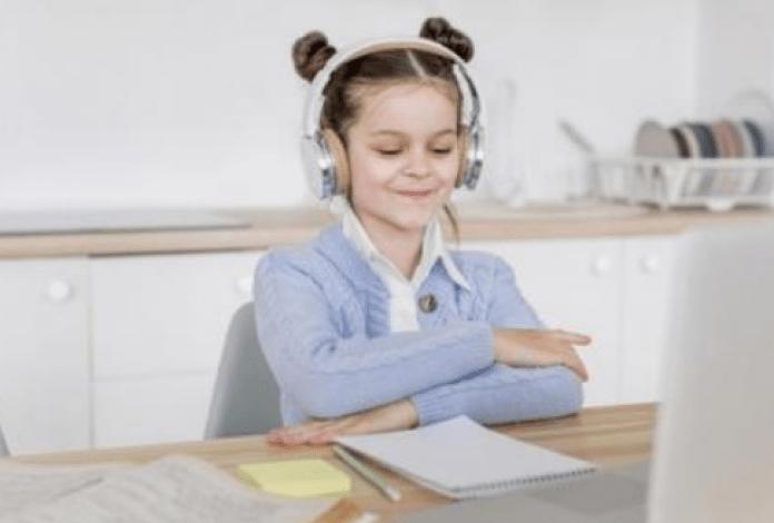 5 Tips Menjaga Kesehatan Mata Anak Selama Sekolah Online