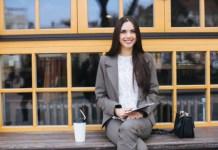 Ini Alasan Wanita Bahagia Memiliki Penghasilan Sendiri Setelah Menikah