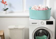 Agar Lebih Awet, Ini Tips Mencuci Pakaian Berbahan Satin