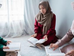 5 Keutamaan Membaca Surat Al-Kahfi di Hari Jumat