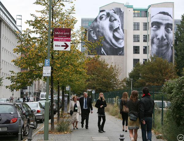 jr_berlin_facade30metre