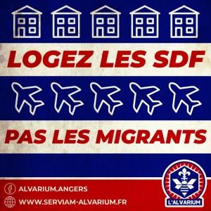 """""""Logez les SDF pas les migrants"""""""
