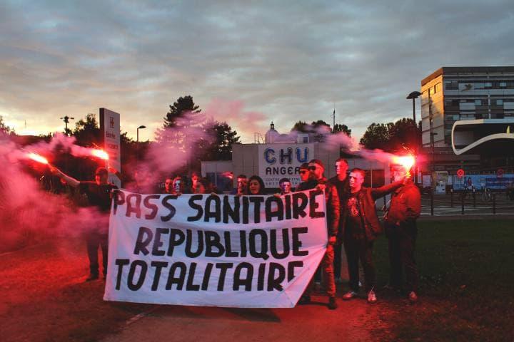 PASS SANITAIRE : REPUBLIQUE TOTALITAIRE