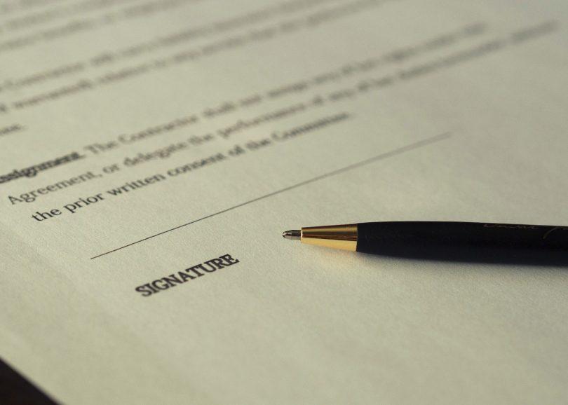 Beitragsbild Servicevertrag