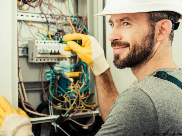 Sollten sich Servicetechniker  auch mit dem Vertrieb von Services befassen?