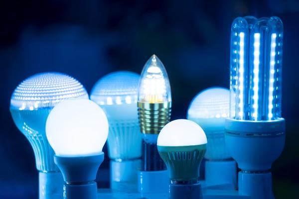 Rangkaian Lampu LED – Sederhana, Seri dan Paralel