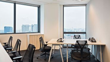 Manulife Tower serviced office for rent