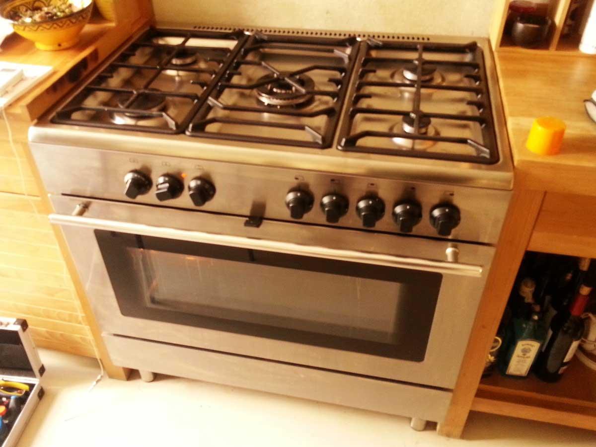 Cocina Gas y Horno IKEA PRO A11S quema la comida del horno
