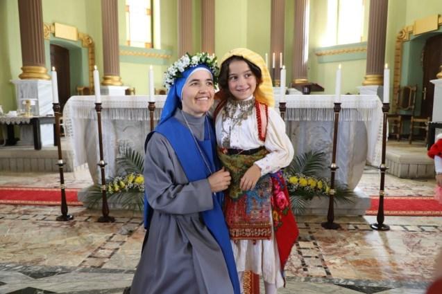 votos perpetuos la hermana M. Drita e Martirëve, en Albania