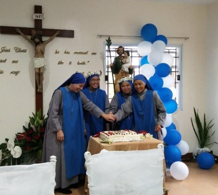 """votos perpetuos Monasterio """"Patrocinio de San José, Custodio del Redentor y Protector de las Vírgenes"""" de Lipa, Filipinas"""