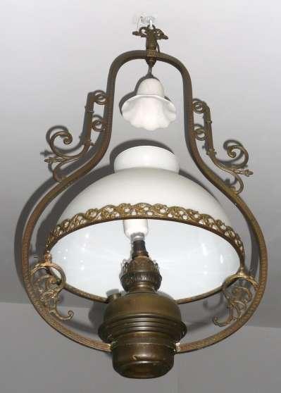 Lustre ancien complet globe en opaline  Auriol ANTIQUIT  ART  BROCANTES LAMPES  LUSTRES