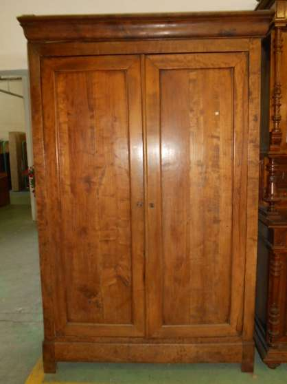 Armoire Louis Philippe Noyer Massif Fontaine MEUBLES