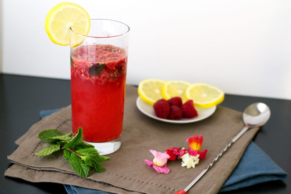 Muddled Raspberry with Vodka Drink Recipe